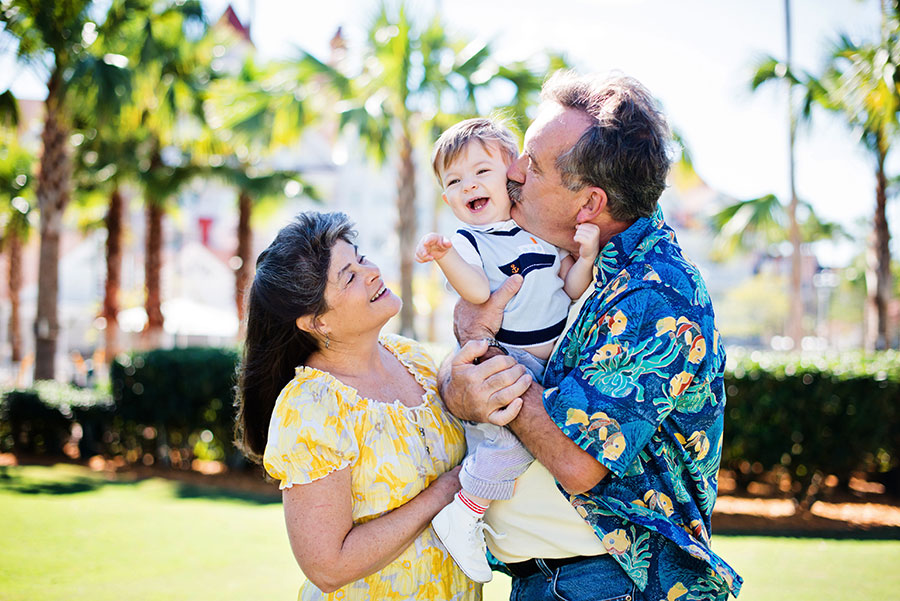 grand-floridian-family-orlando-photographer