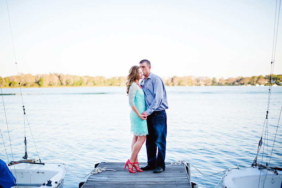 winter-park-engagement-photographer-rollins-dock